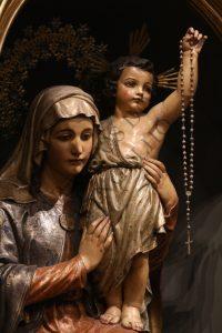 Virgen del Rosario - Iglesia de San Vicente de Sarriá - Barcelona - España
